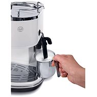 Espresso DeLonghi ECO 311 Presszó kávéfőző - fehér - Kávéfőző