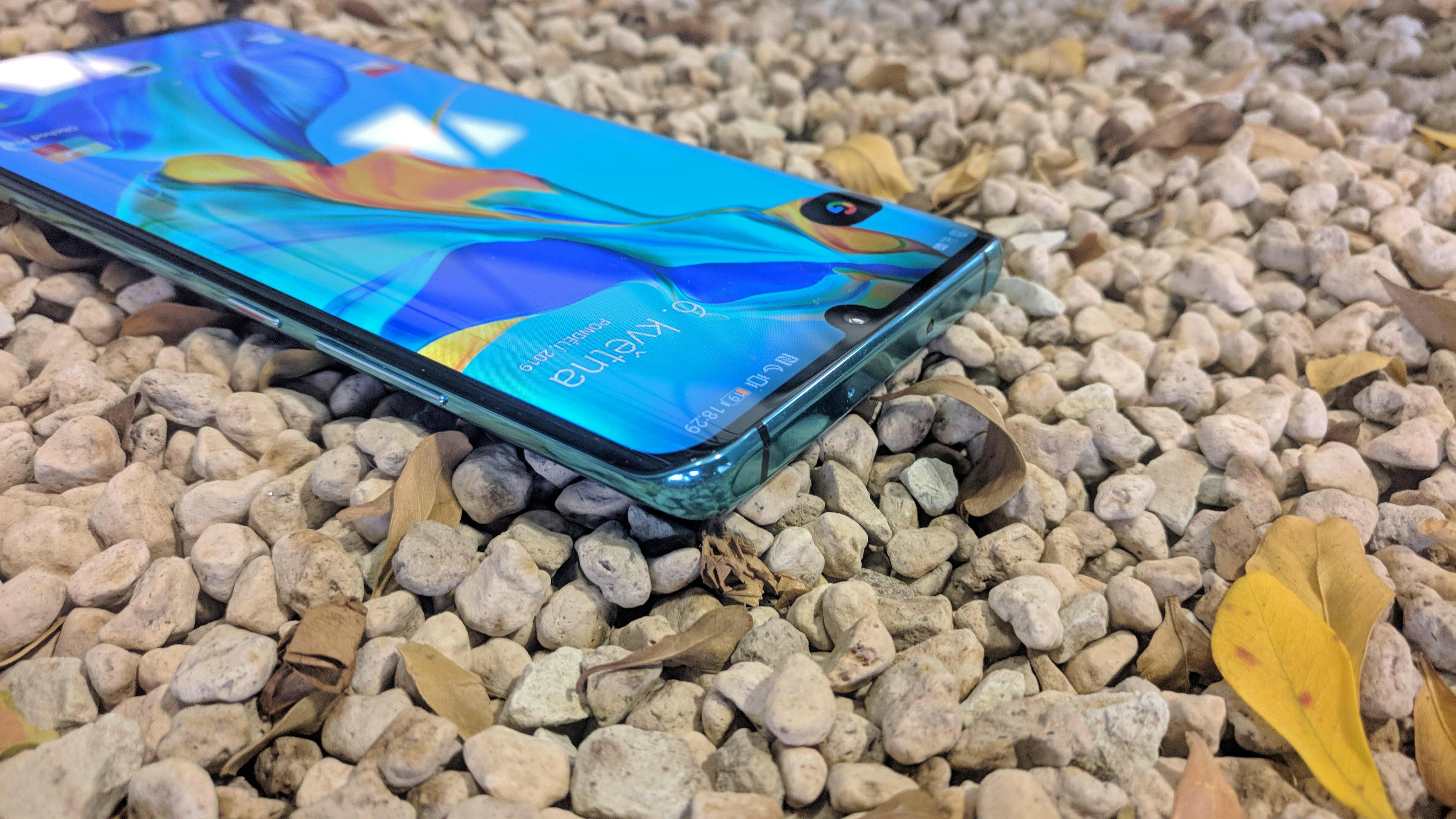Huawei P30 Pro – displej, recenze, design a konstrukce