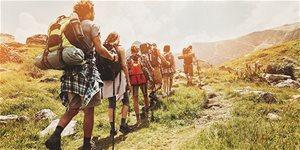 https://cdn.alza.hu/Foto/ImgGalery/Image/Article/trekking-2.jpg