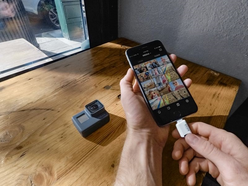 A felvétel automatikus letöltése a telefonba