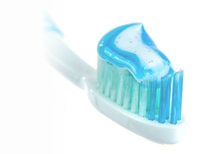 Hogyan mossunk fogat manuális fogkefével
