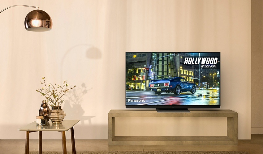 Panasonic GZ1500 OLED TV