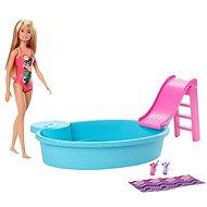 Barbie baba és medence - Baba