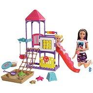Barbie dada a játszótéren - Baba