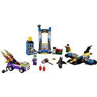 LEGO Juniors 10753 Joker támadása a Denevérbarlang ellen - Építőjáték