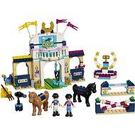 LEGO Friends 41367 Stephanie díjugrató pályája - LEGO építőjáték