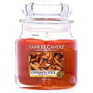 YANKEE CANDLE Classic Cinnamon Stick közepes méretű, 411 gramm