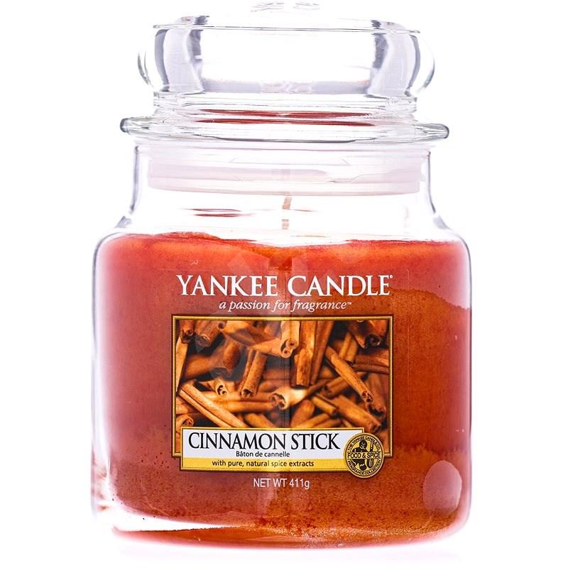 YANKEE CANDLE Classic Cinnamon Stick közepes méretű, 411 gramm - Gyertya