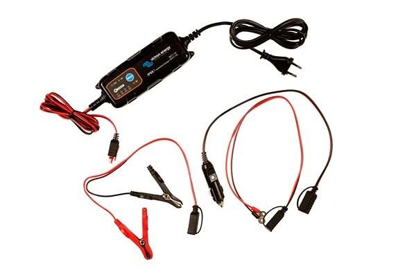 Victron autós töltő IP65 12V/4A - 12V/0,8A - Akkumulátor töltő